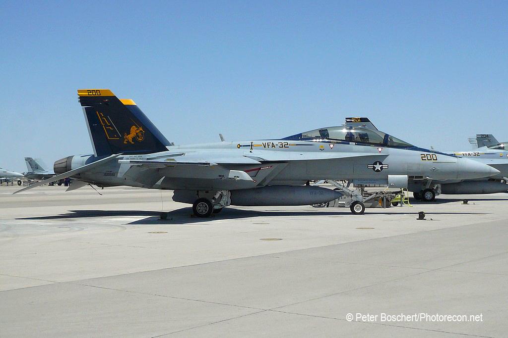171 FA-18F_166661_VFA-32_AC200_NAS Fallon_4