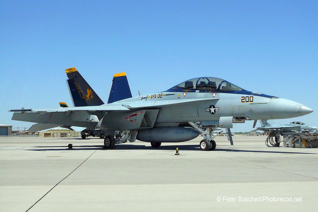172 FA-18F_166661_VFA-32_AC200_NAS Fallon_5