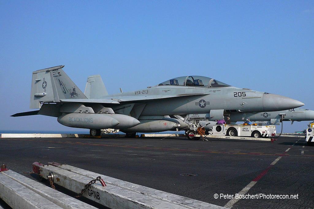 187 FA-18F_166683_VFA-213_AJ205_USS Nimitz_CVN-68
