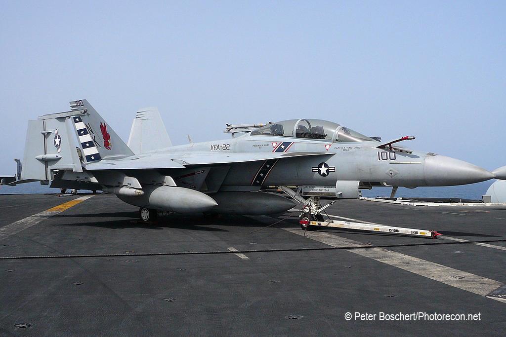192 FA-18F_166795_VFA-22_NK100_USS Ronald Reagan_CVN-76_3