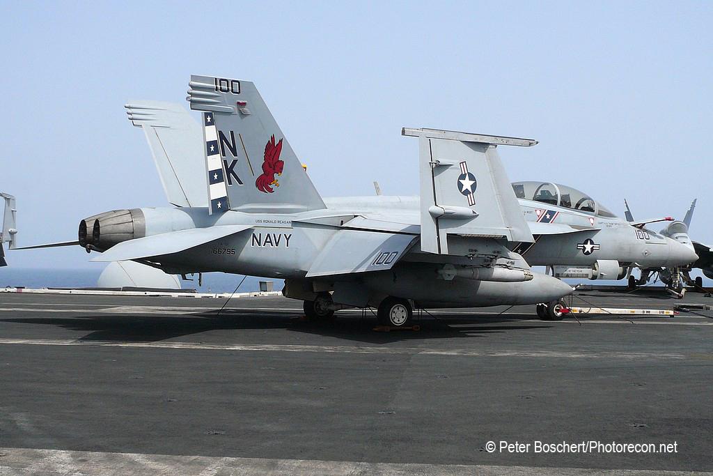 193 FA-18F_166795_VFA-22_NK100_USS Ronald Reagan_CVN-76_4
