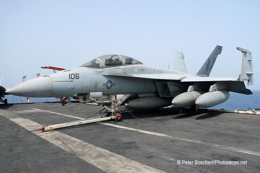 197 FA-18F_166801_VFA-22_NK106_USS Ronald Reagan_CVN-76