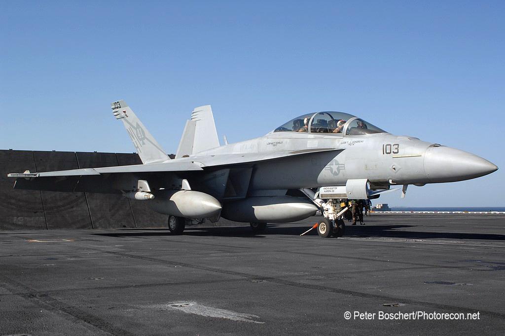 211 FA-18F_166846_VFA-41_NH103_USS Nimitz_CVN-68