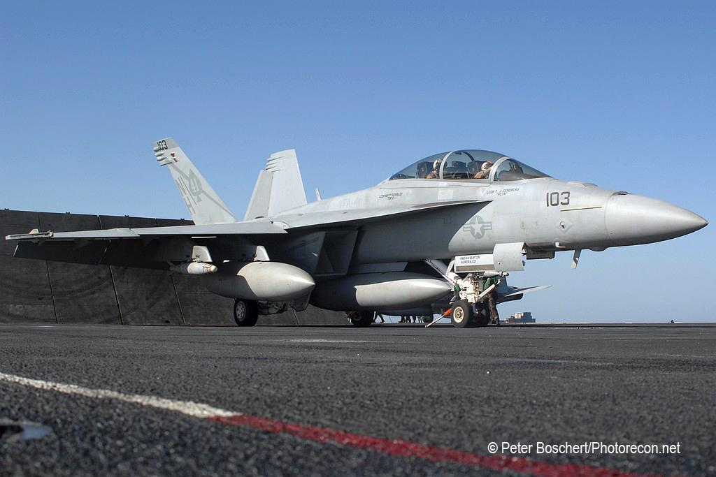 212 FA-18F_166846_VFA-41_NH103_USS Nimitz_CVN-68_2