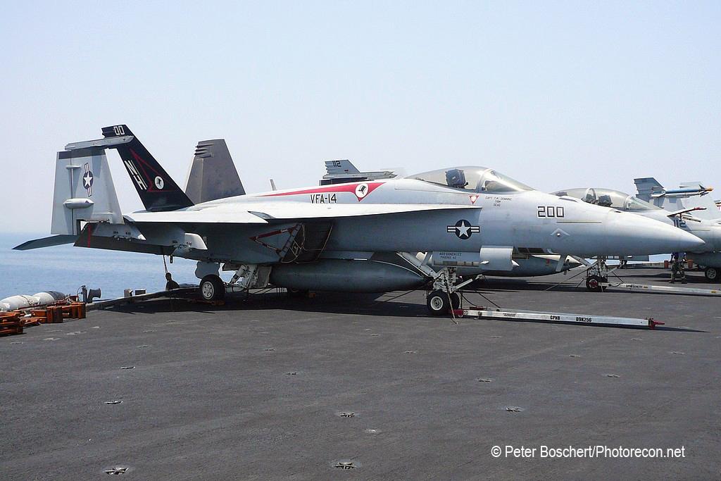 30 FA-18E_166434_VFA-14_NH200_USS Nimitz_CVN-68_4
