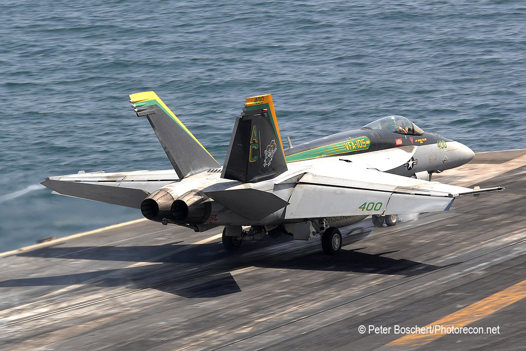 49 FA-18E_166650_VFA-105_AC400_Harry S Truman_CVN-75_3