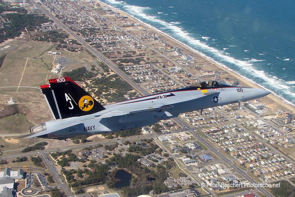 54 FA-18E_166776_VFA-31_AJ100_NAS Oceana_2