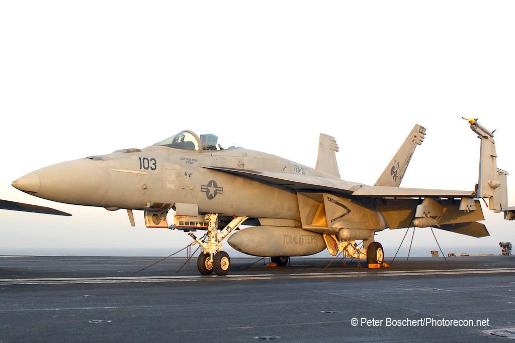 60 FA-18E_166779_VFA-31_AJ103_USS George HW Bush_CVN-77