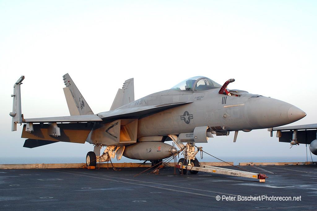 71 FA-18E_166785_VFA-31_AJ111_USS  George HW Bush_CVN-77_3