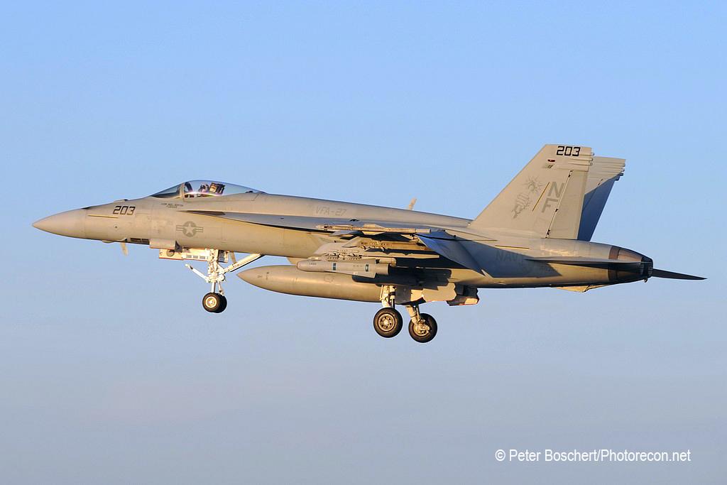 93 FA-18E_168365_VFA-27_NF203_NAS  Fallon