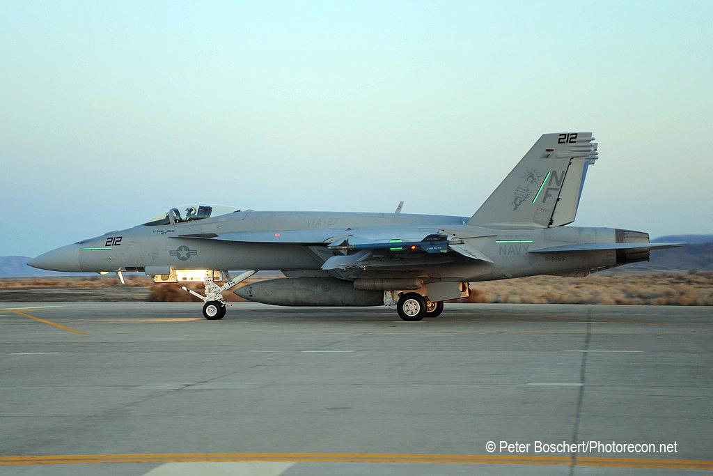 95 FA-18E_168465_VFA-27_NF212_NAS  Fallon