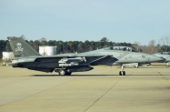 F-14B_161435_AA110_13-12-2004_Oceana_01_1024_Fi