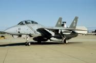 F-14B_162705_AA101_13-12-2004_Oceana_01_1024_Fi