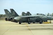 F-14B_163229_AA105_13-12-2004_Oceana_01_1024_Fi