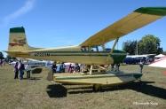 c175-floats