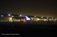 pr 2015_03_10_Solar_Impulse_2_RTW_2nd_Flight_Muscat_to_Ahmedabad_Landing_Revillard-0864_thumb[1]