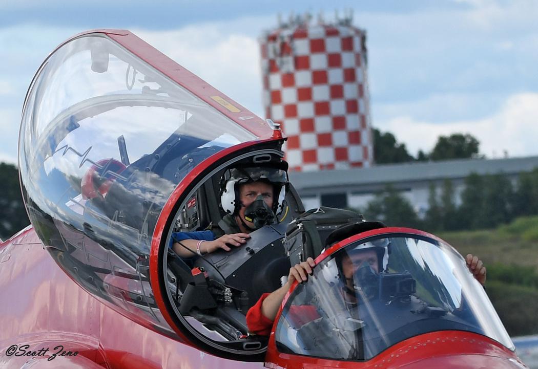 RAF_Red_Arrows_6184