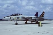 F-14A_162590_NJ452_10-1990_Miramar_1024_-Fi